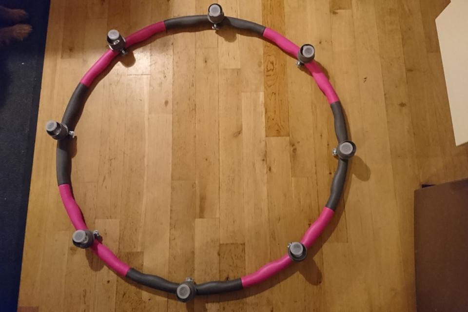Hula-Hoop-Suchbrett mit Filmdoeschen
